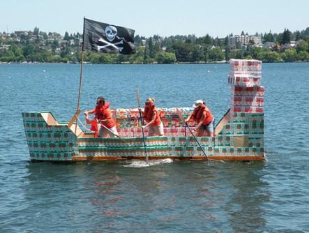 Vuoi svolgere un team building in barca? Inizia con il costruirla con l'attività Maestro d'Ascia di Made In Team