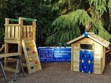 I giochi da giardino costruiti dai team durante una attività di Social team building organizzata da Made In Team pronti per essere donati ad una casa famiglia