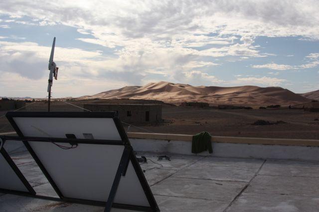L'impianto fotovoltaico installato dalla Made In Team - team building, formazione ed eventi aziendali su una scuola in Marocco nell'ambito del progetto di Social Team Building